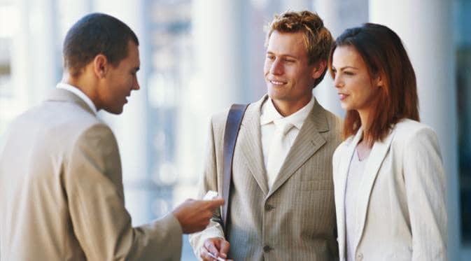 7 Komunikasi yang Sebaiknya Dibiasakan di Lingkungan Kerja