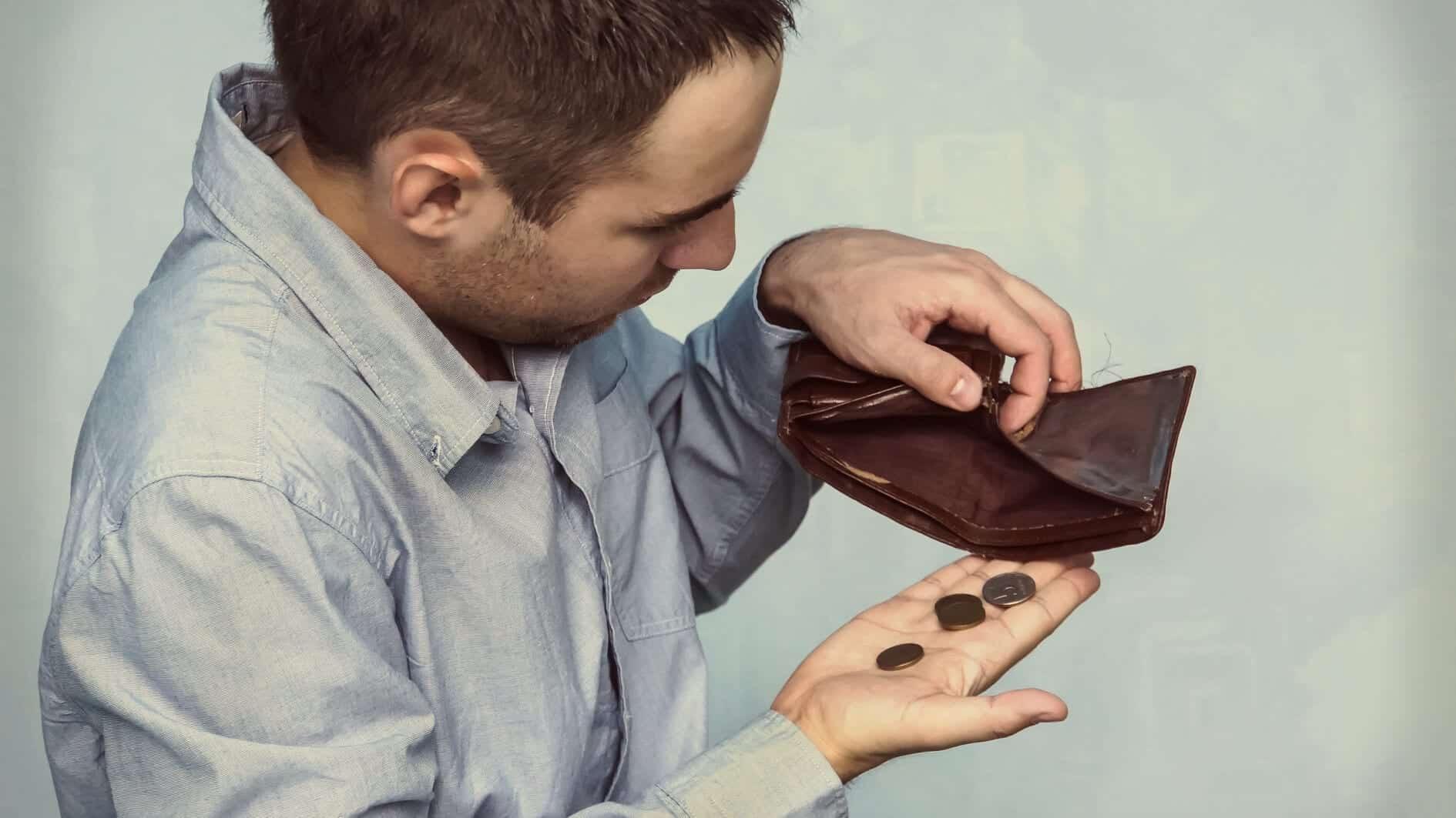 Perlukah Anda Menerima Tawaran Kerja Gaji Rendah?