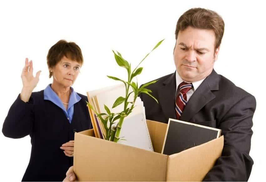 Lakukan Resign, Apakah Karyawan Tetap dapat Pesangon?