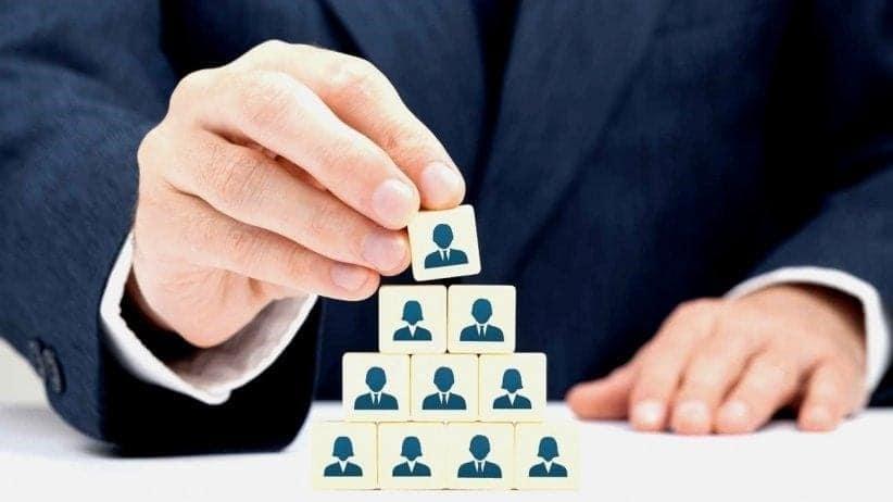 Apakah Perbedaan dari Training Leadership dan Coaching Leadership?