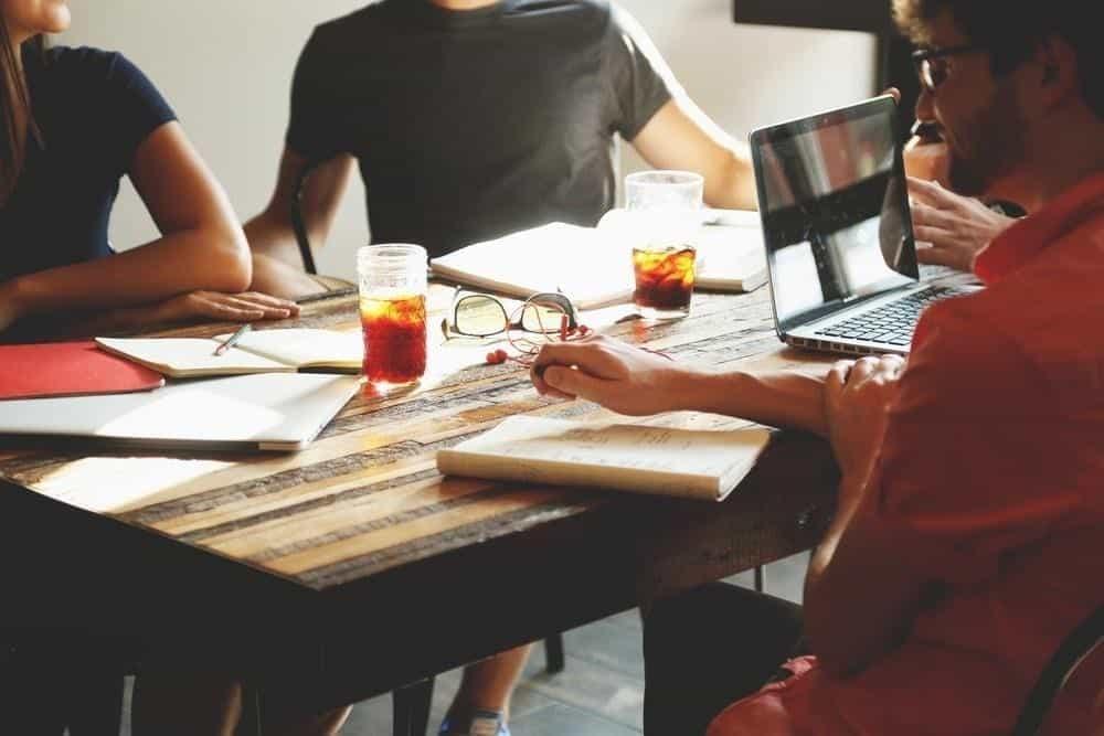 Metode Penilaian Kerja Paling Akurat untuk Ukur Produktivitas Karyawan