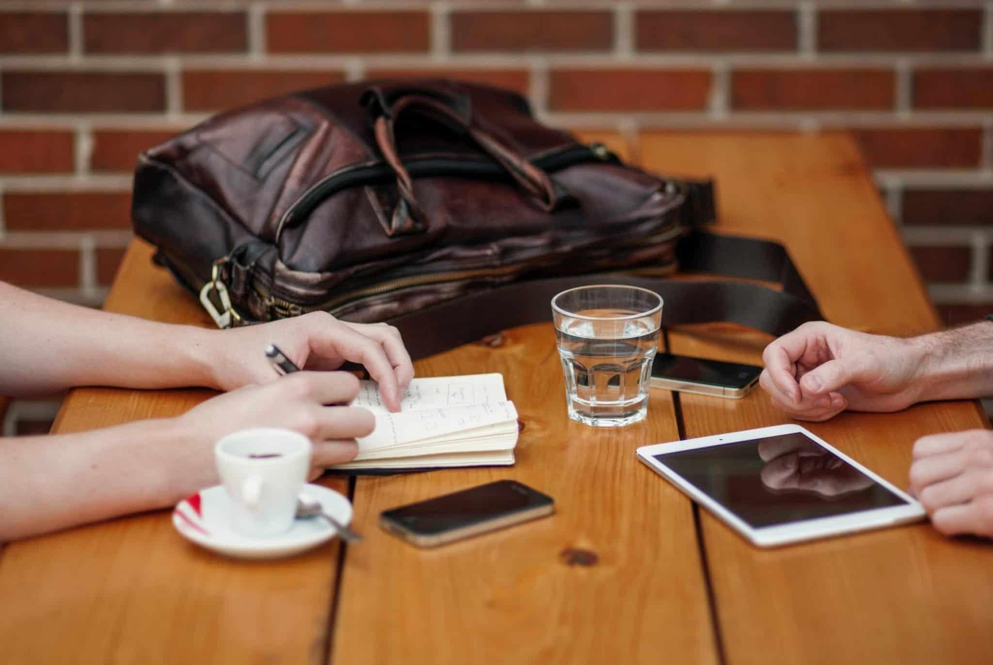 Tips Belajar Merekrut Karyawan Berkualitas ala Zappos
