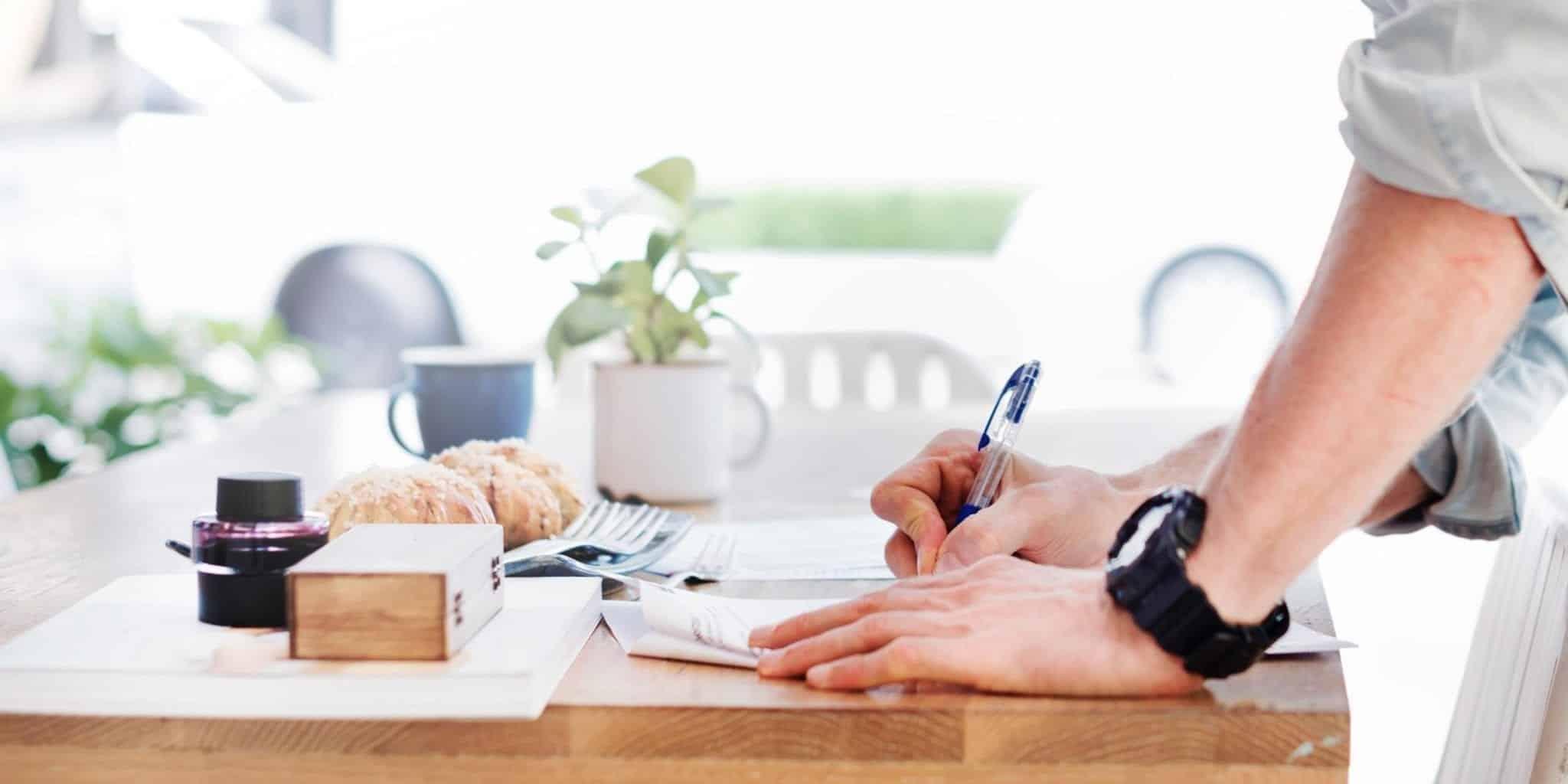 Trik Jitu Membongkar Kebohongan CV Kandidat Karyawan