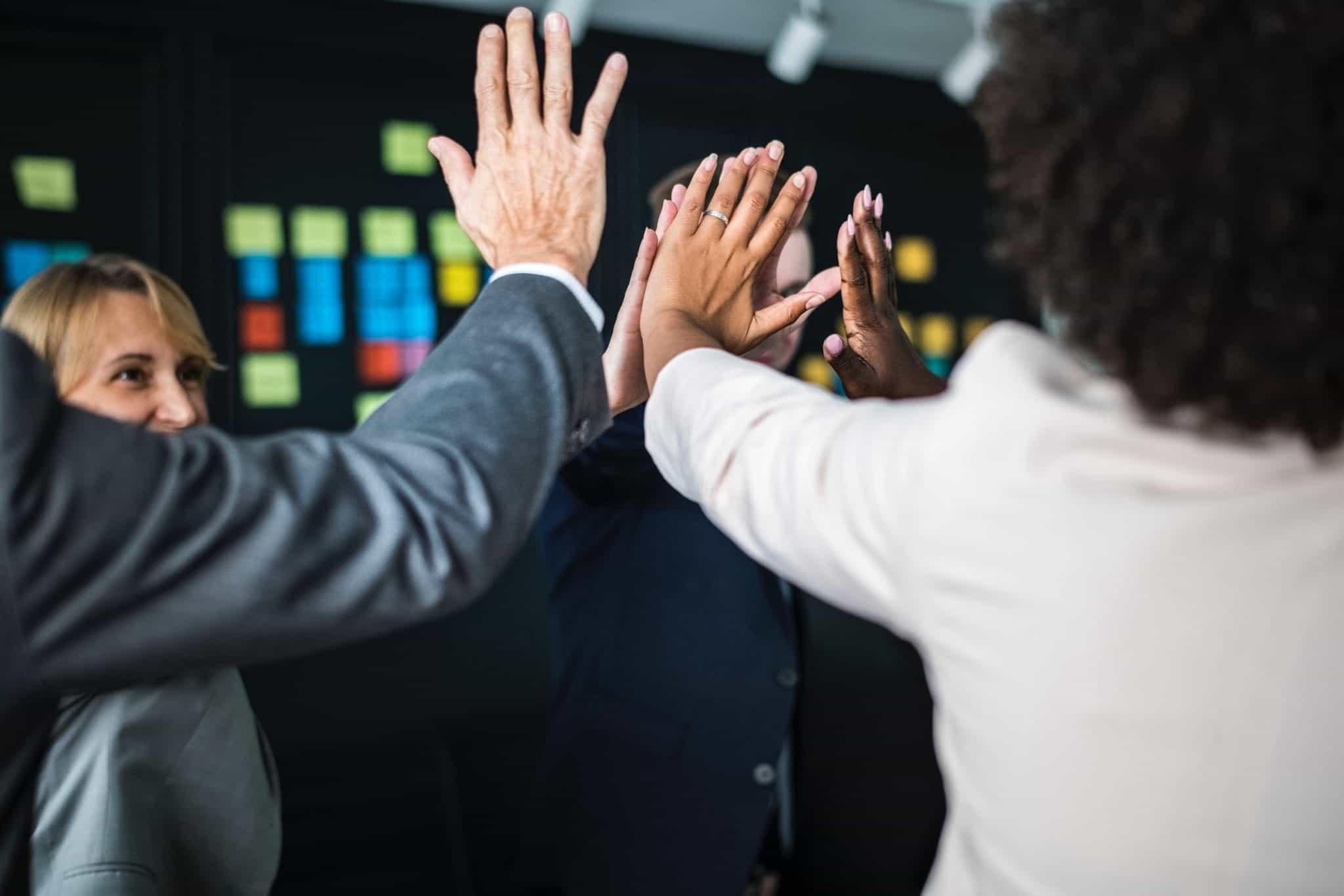 Tingkatkan Motivasi Kerja dan Semangat Karyawan dengan 5 Cara Sederhana Berikut