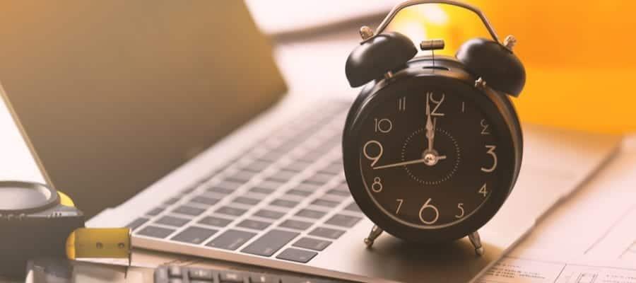 Jam Kerja Karyawan Indonesia, Lihat Dahulu Jenis Usaha yang Dilaksanakan