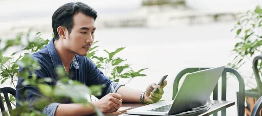 Alasan Fresh Graduate Memilih Jadi Karyawan Freelance