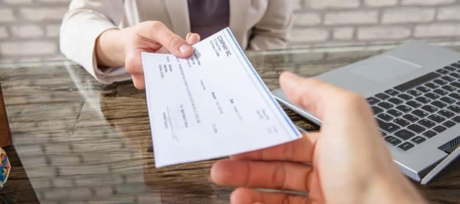 4 Manfaat Pengaplikasian Slip Gaji Bagi HR dan Perusahaan