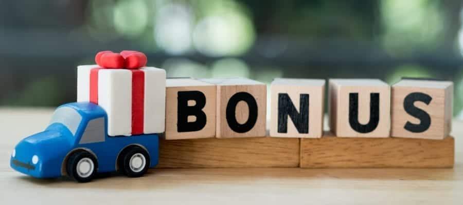 Cara Pintar Menggunakan Bonus Akhir Tahun bagi Karyawan