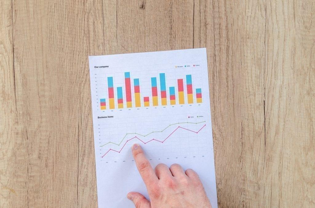 Data yang diperoleh peneliti sendiri dinamakan data apa? pengelompokan data berdasarkan isi dan sifatnya disebut apa? Pengertian data internal dan eksternal, jenis data primer, hingga metode klasifikasi data adalah apa?