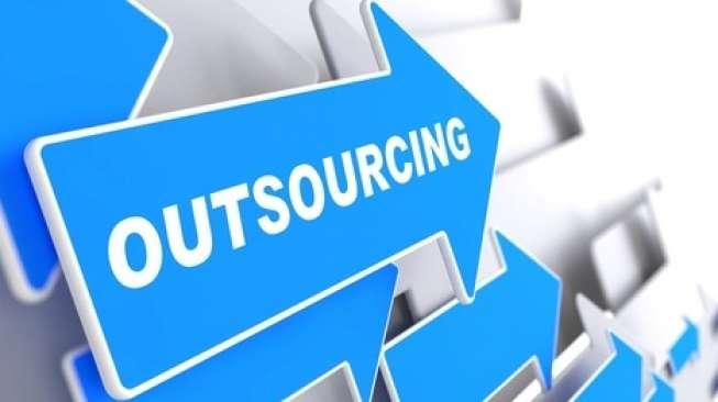 Apa Saja Dampak Negatif Sistem Kerja Outsourcing?