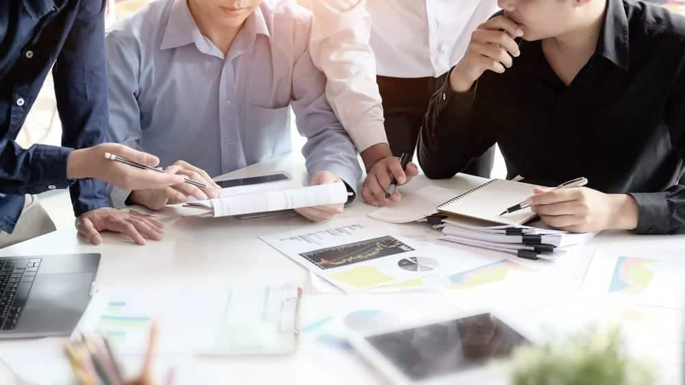 UU No 13 Tahun 2003 Tentang Ketenagakerjaan dan Penjelasannya