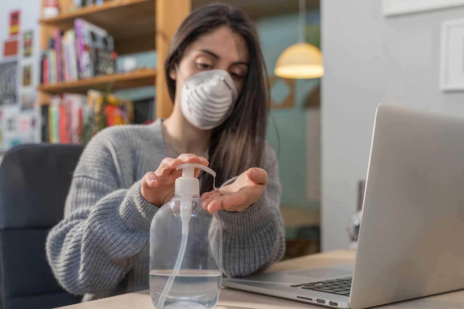 6 Tips Tetap Sehat Saat Work From Home (WFH)
