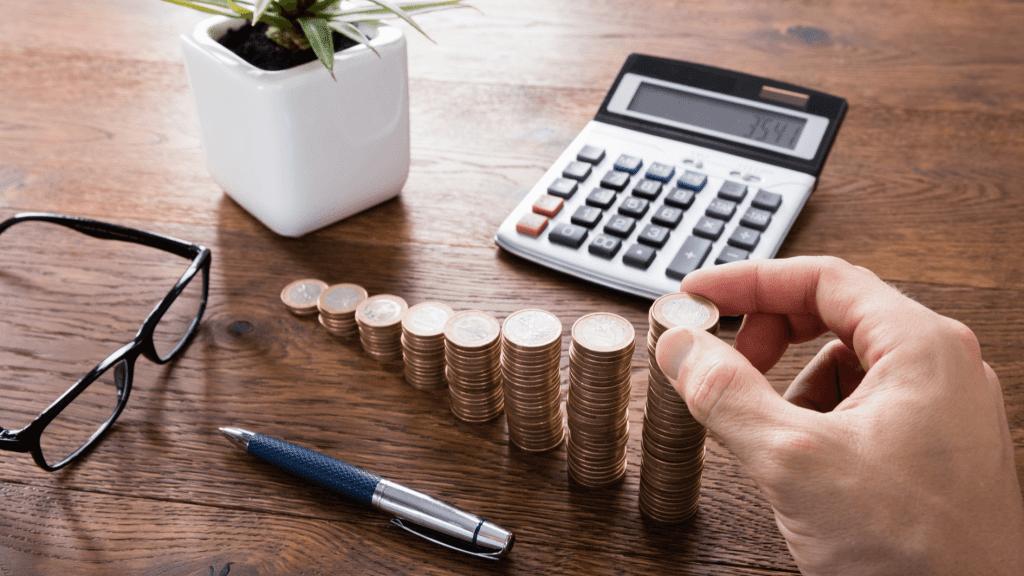 Pajak thr berapa persen? Pahami perhitungan potong pajak thr atau PPh 21 THR di Insight Talenta agar tahu potongan pajak THR Anda hanya di Insight Talenta.
