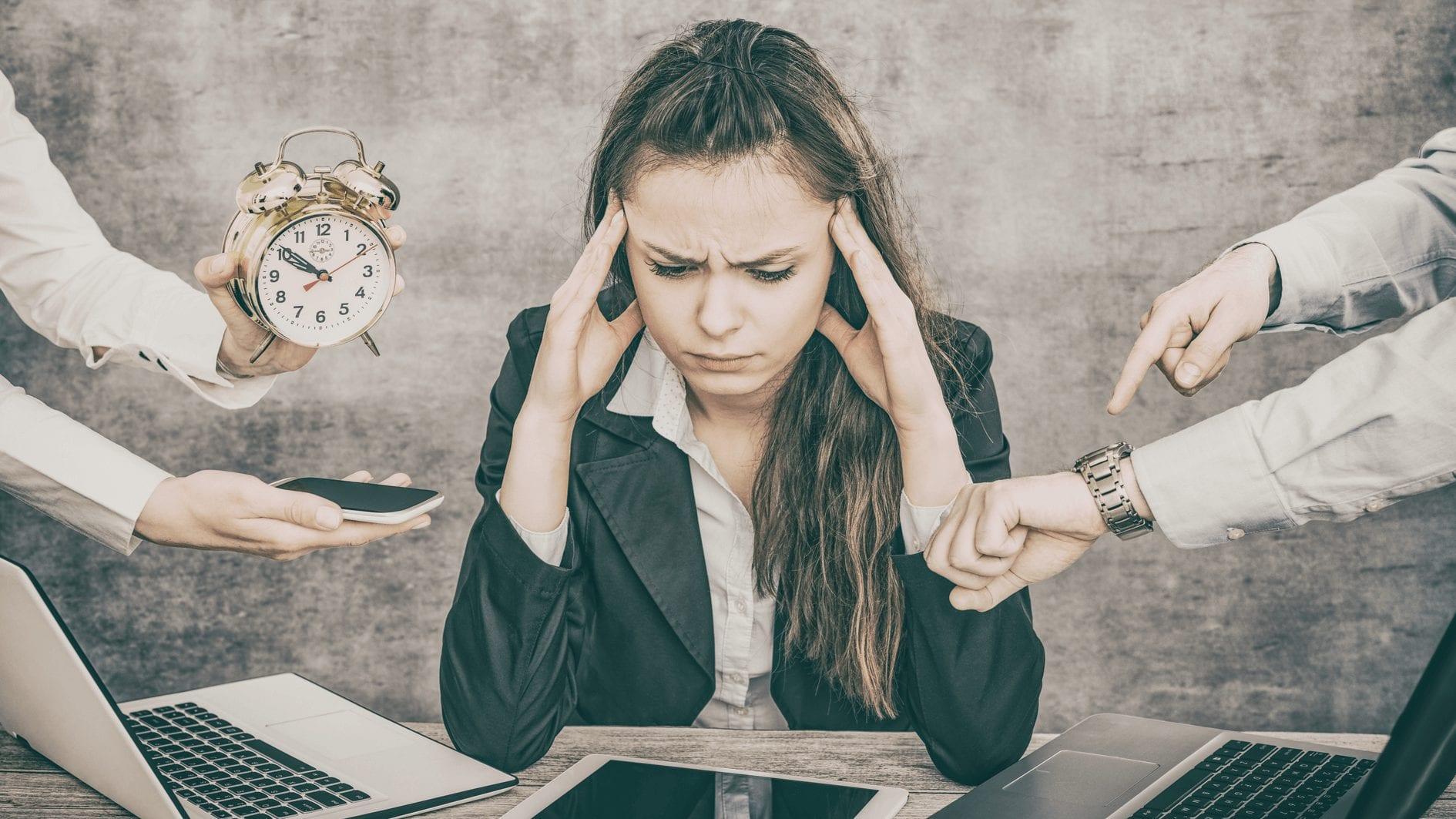 WFH Lebih Lelah dan Capek? Berikut Cara Mengatasi Kelelahan!