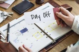Pengaturan jam kerja di Indonesia