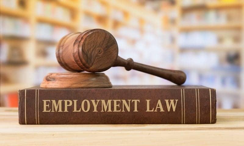 UU No 13 Tahun 2003 Tentang Ketenagakerjaan dan Penjelasannya.