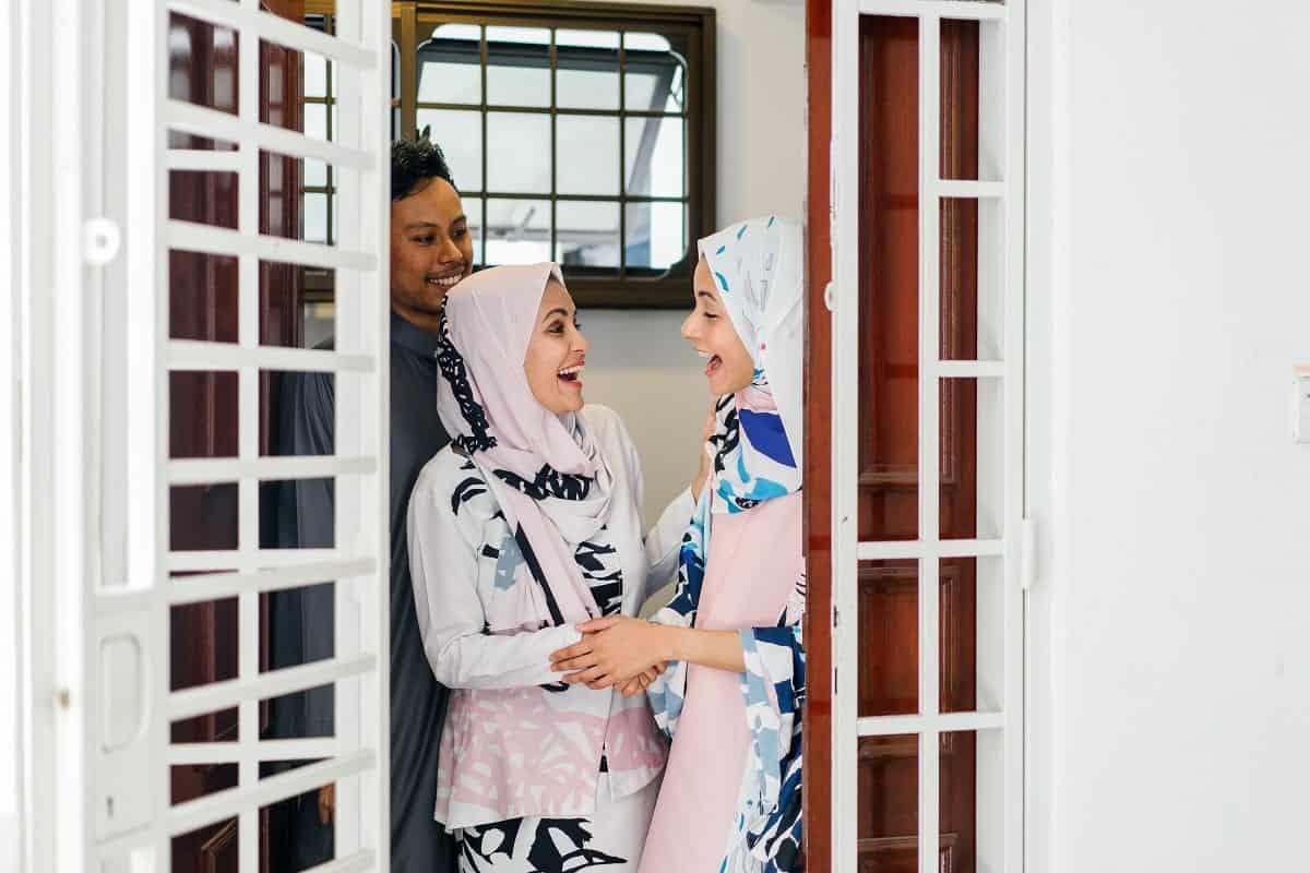 Bagaimana Peraturan Tunjangan Hari Raya atau THR di Indonesia?