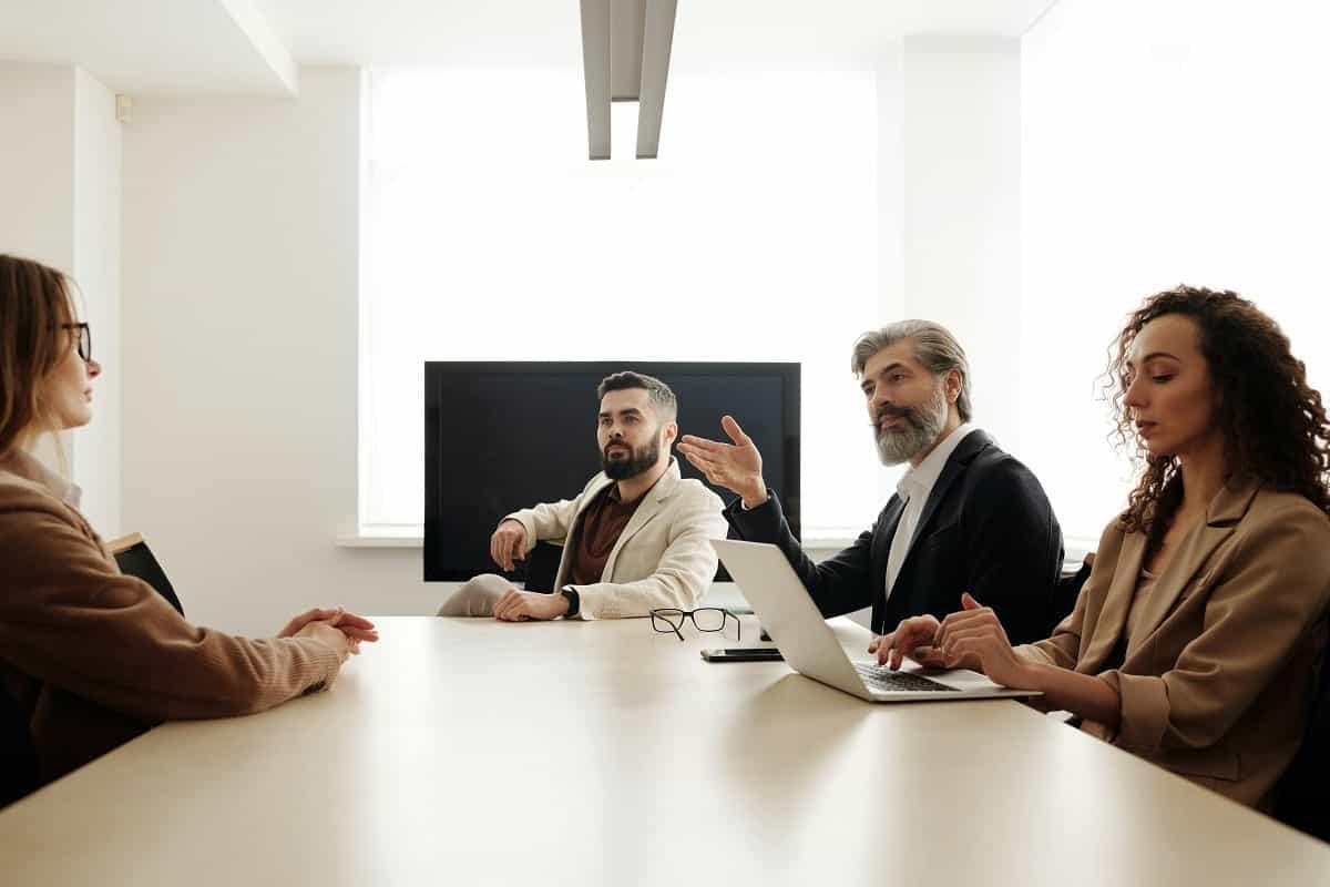Peran Penting, Fungsi, dan Tugas HR Adalah?