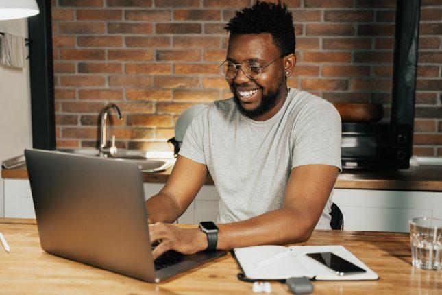 Tips Jaga Komunikasi Kantor dalam Sistem Kerja Remote