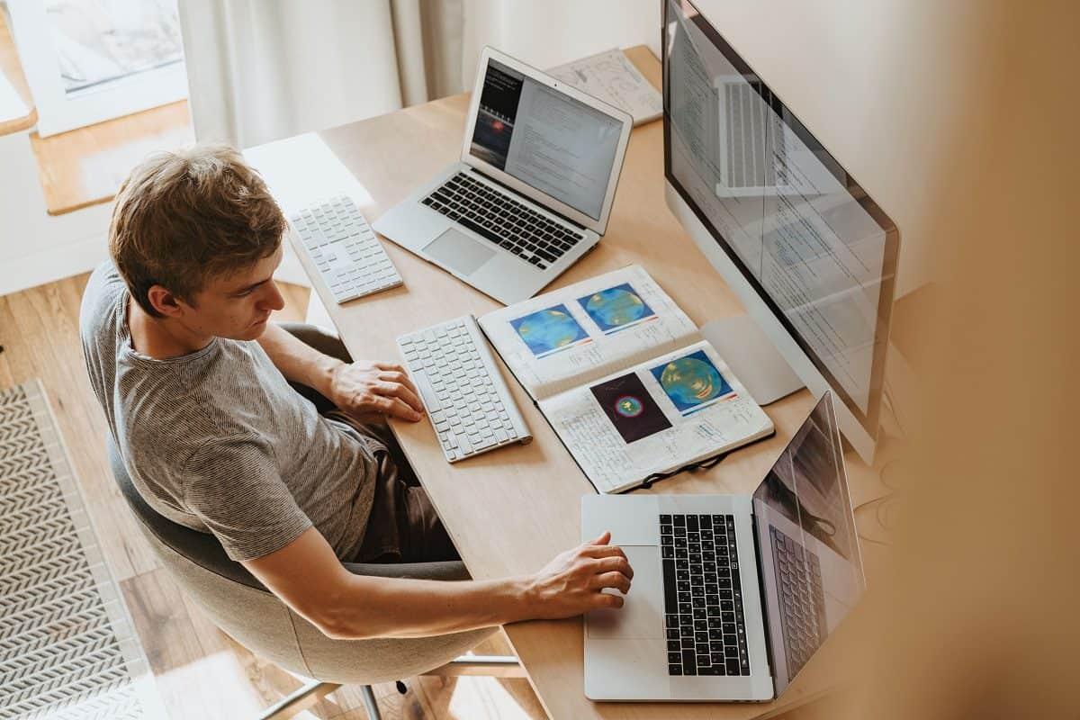 Keuntungan Download Attendance Management Software untuk HR di Perusahaan