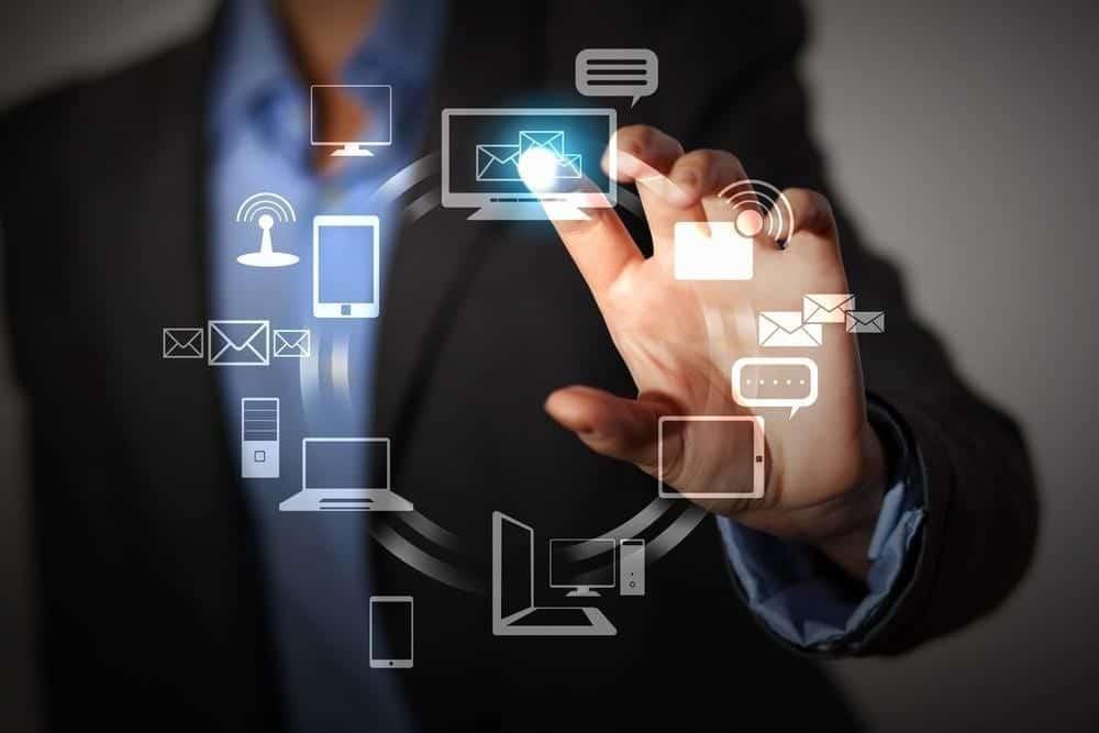 Melakukan Riset Pasar Sebelum Memilih Aplikasi HRIS Untuk Perusahaan.