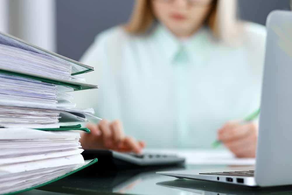 Atur Payroll saat WFH dengan Software Gaji Karyawan