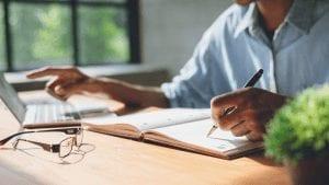 Seputar Laporan Absensi Karyawan yang Harus Anda Ketahui