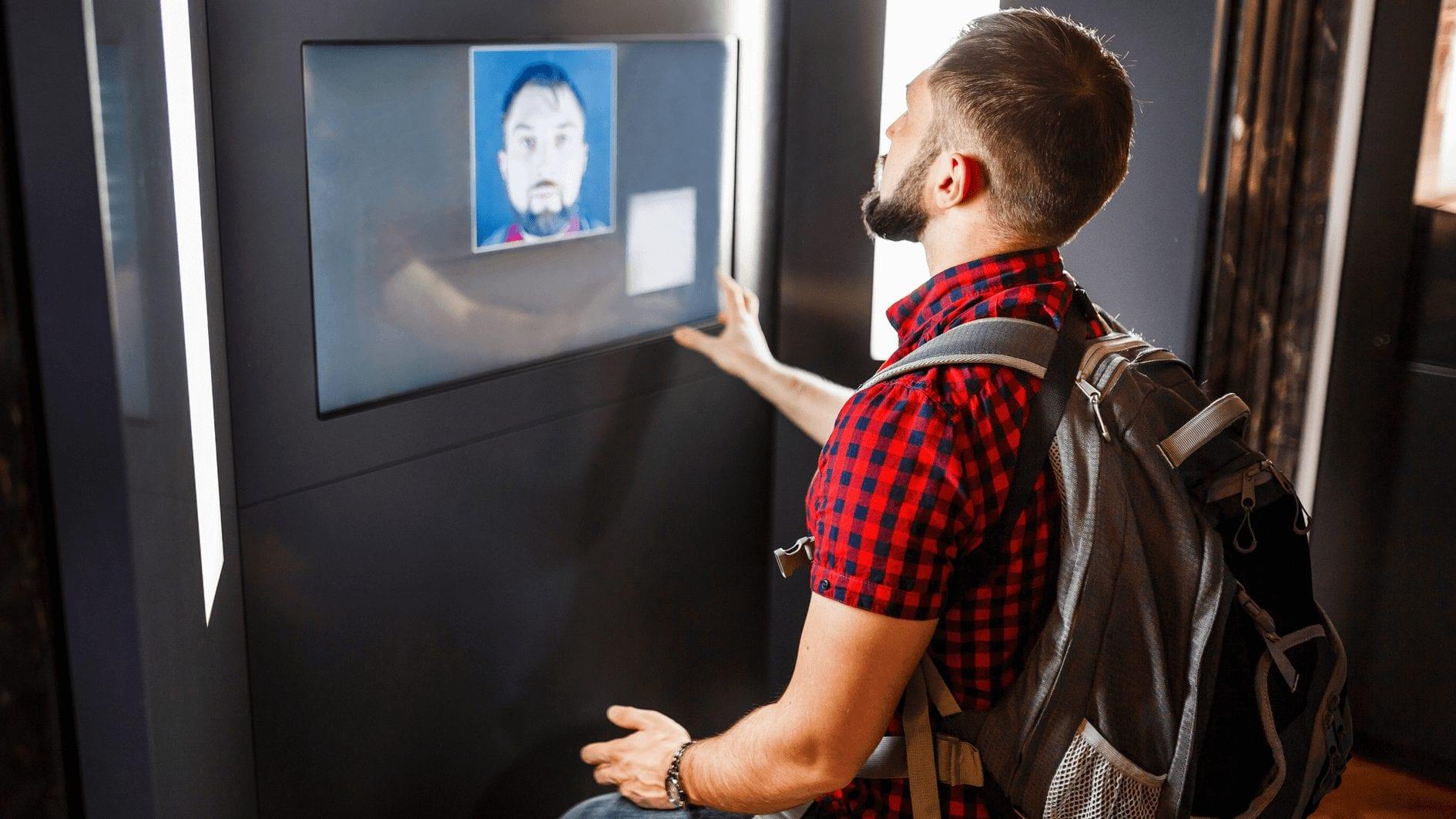 Face Recognition sebagai Cara Absensi Karyawan saat Pandemi, Tepatkah? Aplikasi Fingerprint Vs Absensi Online, Ini Kelebihan Kekurangannya!