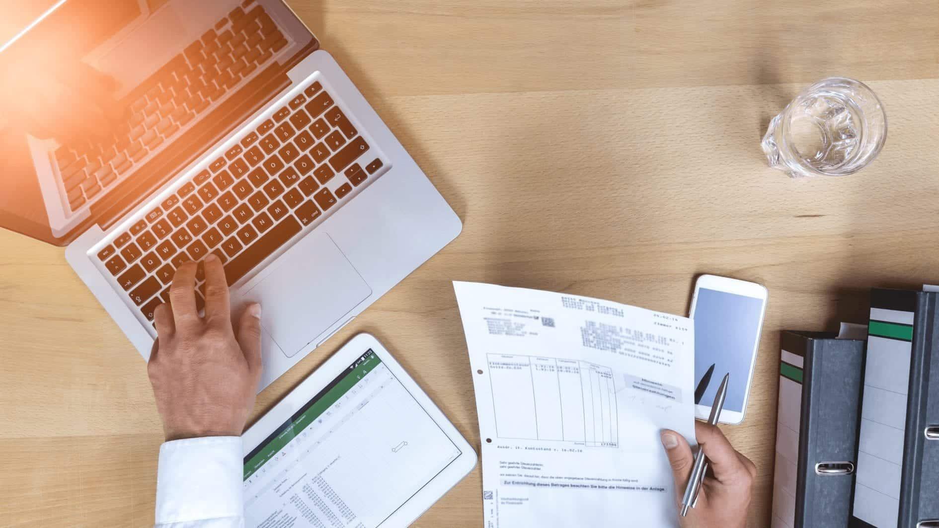 Bagaimana software aplikasi pengelolaan cuti bisa permudah cuti karyawan? Software cuti karyawan seperti apa yang diperlukan perusahaan?
